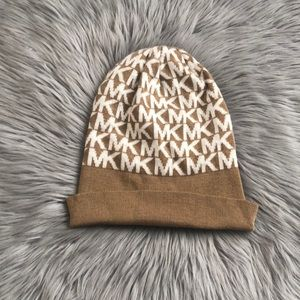 Tan Michael Kors winter hat.